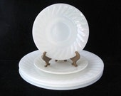 Fire King Ivory White Swirl Dinner Plate and Saucer Set of 4 Vintage 1950s