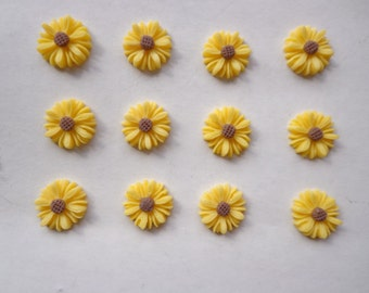 Flower Cabochons Resin Flowers 50pcs  Yellow Color Resin Sunflower Charms--14mm