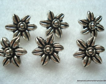 14mm Silver Flower Shape Metal Buttons Pack of 10 Metal Buttons MB10