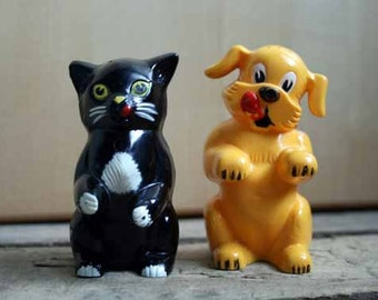 Cat and Dog Salt and Pepper, Ken L Ration, Fifi and Fido, F and F, Vintage Kitchen