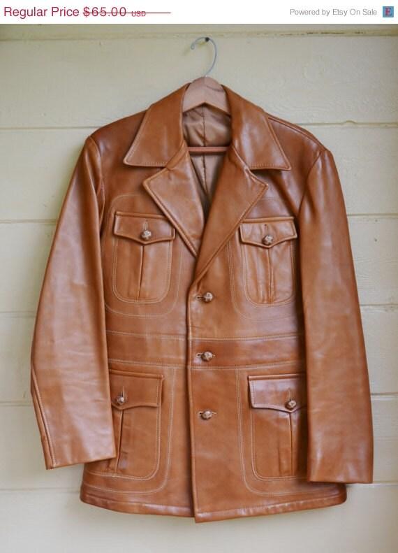ON SALE Vintage 1970s men's camel colored leather lambskin jacket M/L