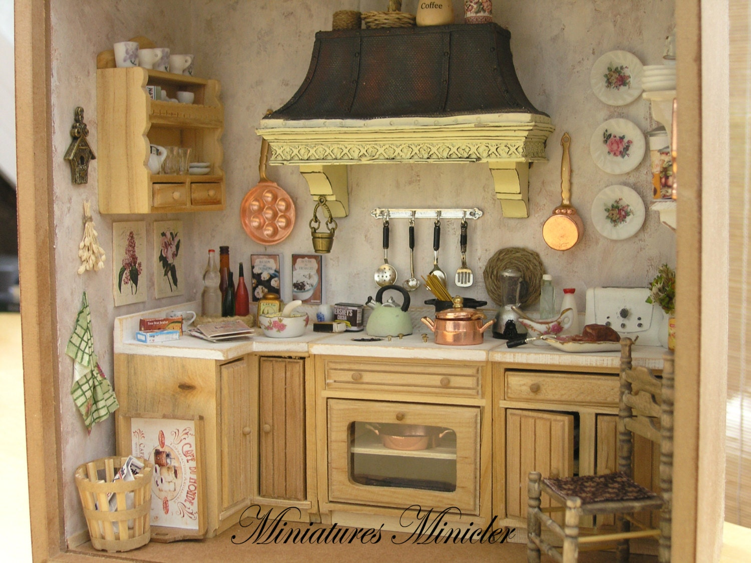 Miniature dollhouse kitchen roombox old style fully for Kitchen set for 9 year old