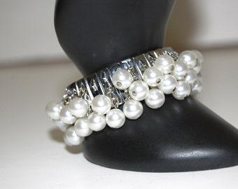 Vintage White Beaded Bracelet, 1960's Expansion Bracelet, Japan