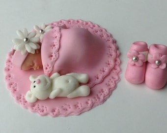 BABY SHOWER CAKE Fondant Cake Topper Baby girl edible cake topper Baby Quilt Baby Booties