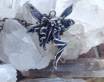FAIRIE 70s/80s fairy pendant necklace silver tone link chain