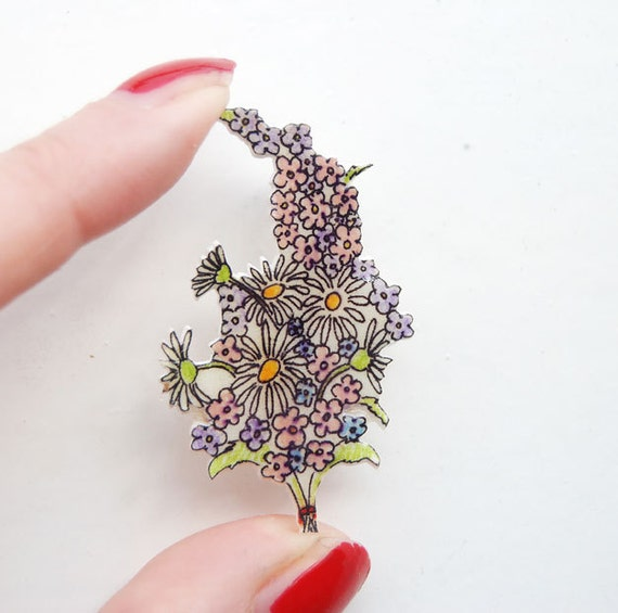 Flower bouquet brooch, Victorian bouquet, hand drawn