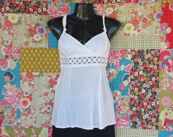 White cotton  top, Cotton with lace, Women's summer top,  Handmade, Broderie Anglaise , Beach top, Resort wear.