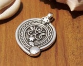 2pcs Ethnic Tribal  finding charm pendant silver color