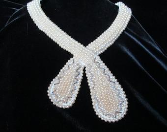 Pearl Collar 60's Very Pretty Unique Crossover Tie Design,