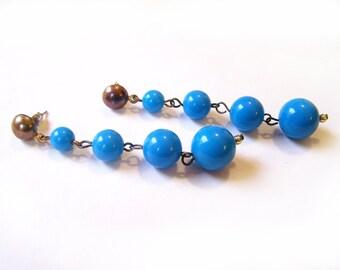 Vintage Graduated Blue Beaded Dangle Post Earrings / Gift for Her / G316