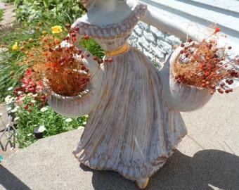 Haeger Large Gypsy Tweed Flower Girl