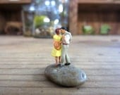 Time Stops....Sweet Terrarium Couple Miniature Couple Terrarium Miniatures Bonsai Accessory Kissing Minaiture Tiny People Terrarium Decor