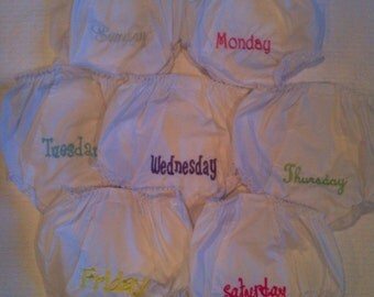 Monogrammed Days of the Week Eyelet Bloomers Panties Set (7)