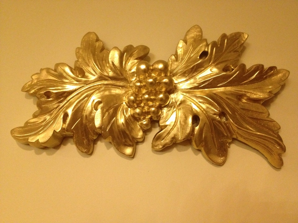 Wall Sconces With Grapes : Ornate Wall Sconce Gilt leaf and Grapes Design clearance