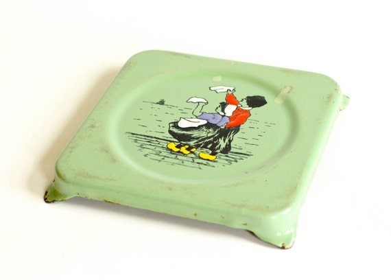 French Trivet Enamelware