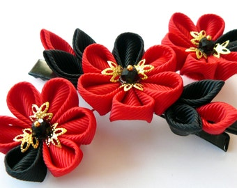 Kanzashi fabric flower hair clip. Black and red.