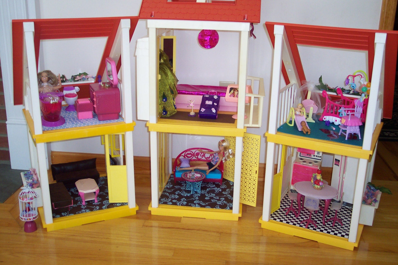 Vintage Barbie Dreamhouse 103