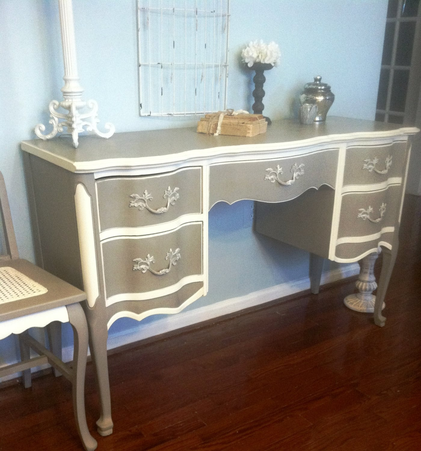 French Provincial Desk Vanity With Chair