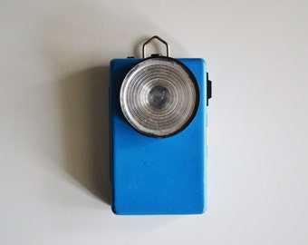 Vintage pocket flashlight / Vintage TORCH flashlight / Vivid blue vintage battery lamp / pocket lamp VARTA / military and camping accessory