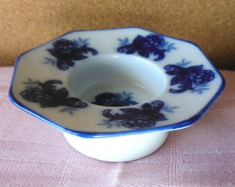 Antique Porcelain Blue & White Open Salt Dish