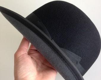 Bowler hat, Derby hat, Black with gray brim