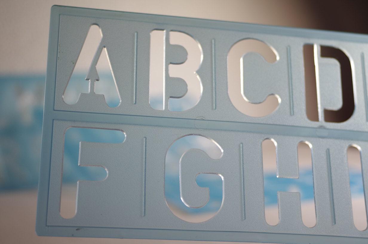 Numero e lettera stencil stencil di grandi dimensioni - Lettere stampabili di medie dimensioni ...