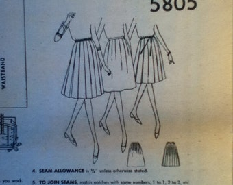 "Simplicity Vintage Skirt Pattern 5805 Waist: 25"""
