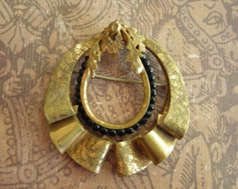 Vintage 1940s Victorian Revival Brass Wreath Leaves Brooch Pin Beads
