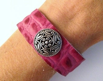 Pink leather studded bracelet, women's leather stud bracelet, leather braclet.