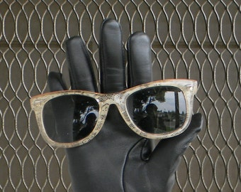 Lacy wayfarer sunglasses
