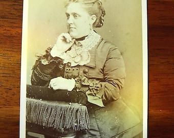 Carte De Visite portrait of woman