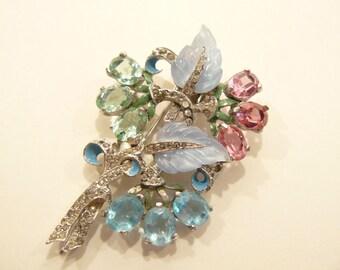 Beautiful Vintage Early Mazer Rhinestone Enamel & Glass Leaves Brooch / Fur Clip