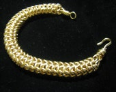 Gold round chainmaille bracelet, hand made