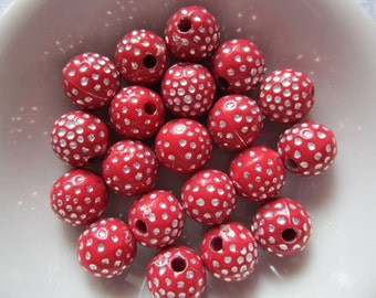 20  Red & Silver Polka Dotted Etched Round Acrylic Beads  8mm