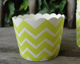 Lime Green Chevron Baking Cups,treat cups, nut cups, cupcake cups, snack cups,fruit cups