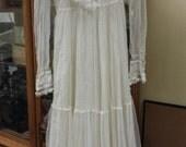 Gunne Sax 1970's Vintage Wedding Dress (Approximately Size 4)