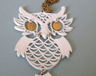 1970s White Enamel Articulated OWL Necklace