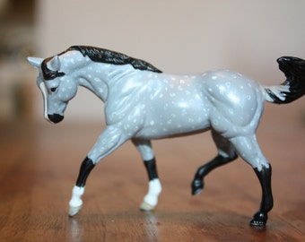 Breyer horse, Stablemate scale. Dapple gray hand painted.