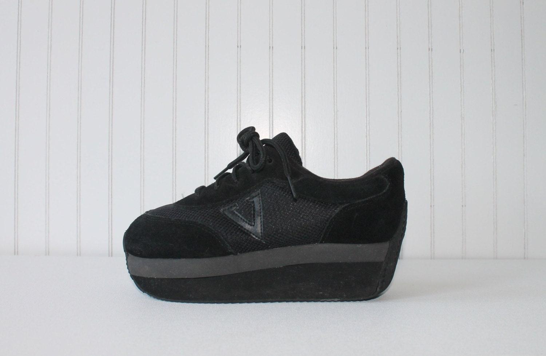 90 s shoes platform sporty tennis shoes black club kid