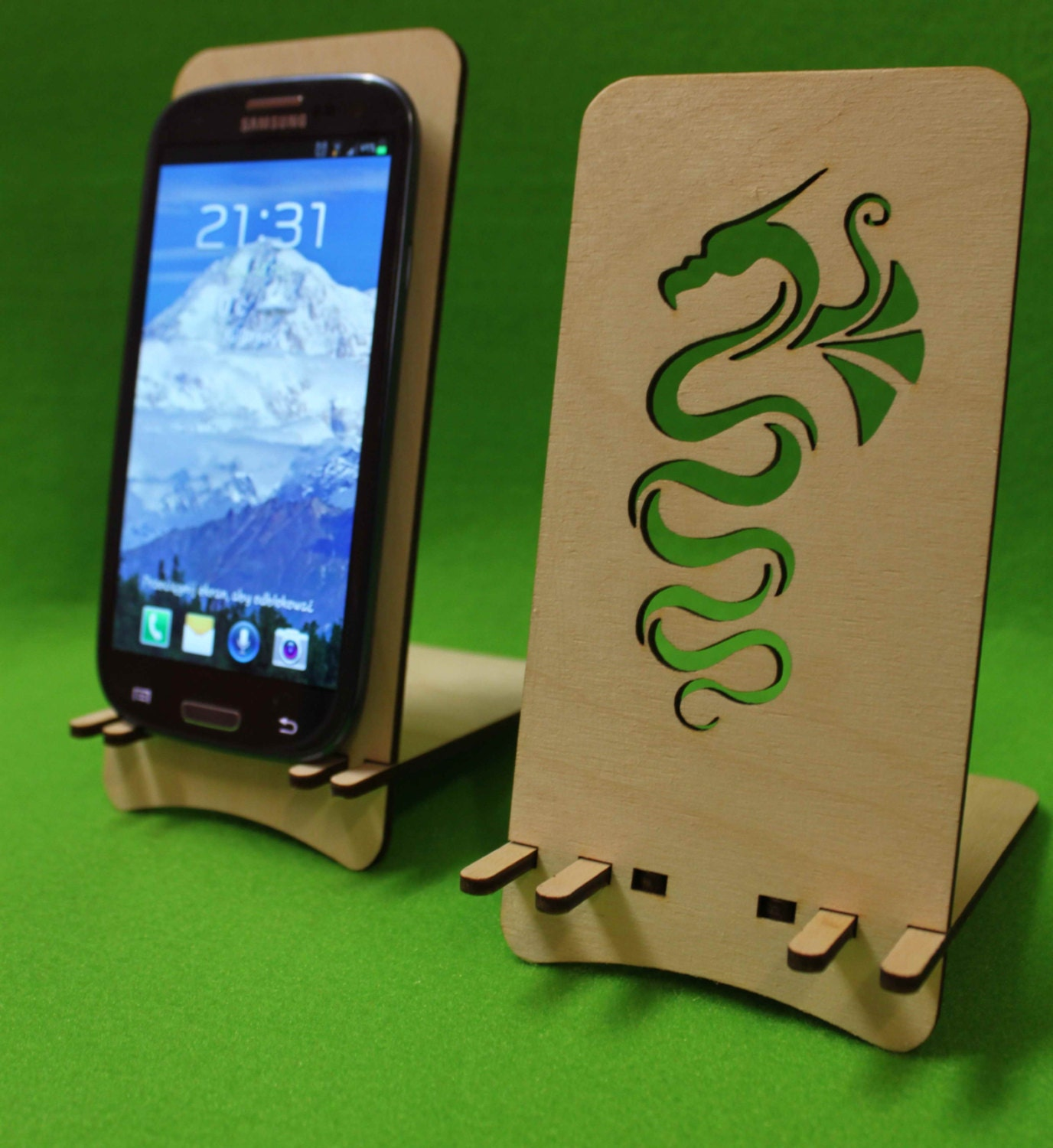 Classic Station Wooden Phone Holder Stand Samsung Galaxy S3 S4