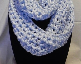 College Football Chunky Infinity Cowl Scarf in Light Blue and White