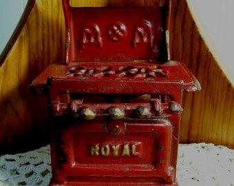 ROYAL arcade stove cast iron doll house furniture gas cookstove Royal