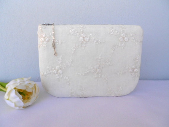 Bridal Iivory Lace and linen Purse, Wedding Bridesmaid Clutch, Zipper closure,Choose your color,small purse bag