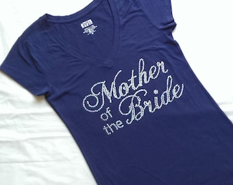 New Oversize Font Mother of the Bride T-Shirt Top. Bridesmaid. Bridezilla. Wedding Party V-Neck. Maid of Honor. Just Married.