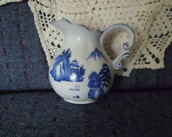 Little dutch creamer blue design, ceramic