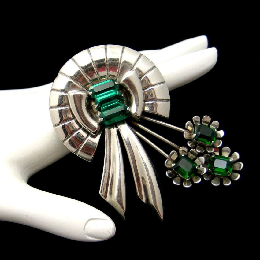 Vintage Sterling Silver Brooch Retro Flower Green Glass Stones