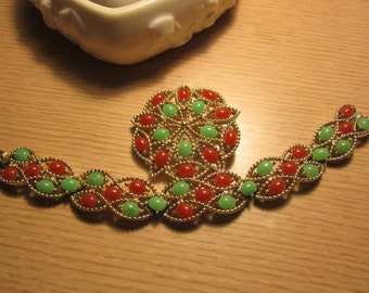 Sarah Coventry 1970's Bracelet and Brooch New price 25.00