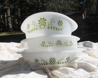 Vintage Glass Bake Casserole Dishes-Green Daisy Pattern