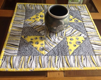 """17"""" square yellow, black, and white table topper"""