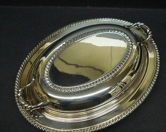 Fantastic SILVER SERVING DISH 2 Piece Food Server - by Wm A Rogers -  Made in Canada
